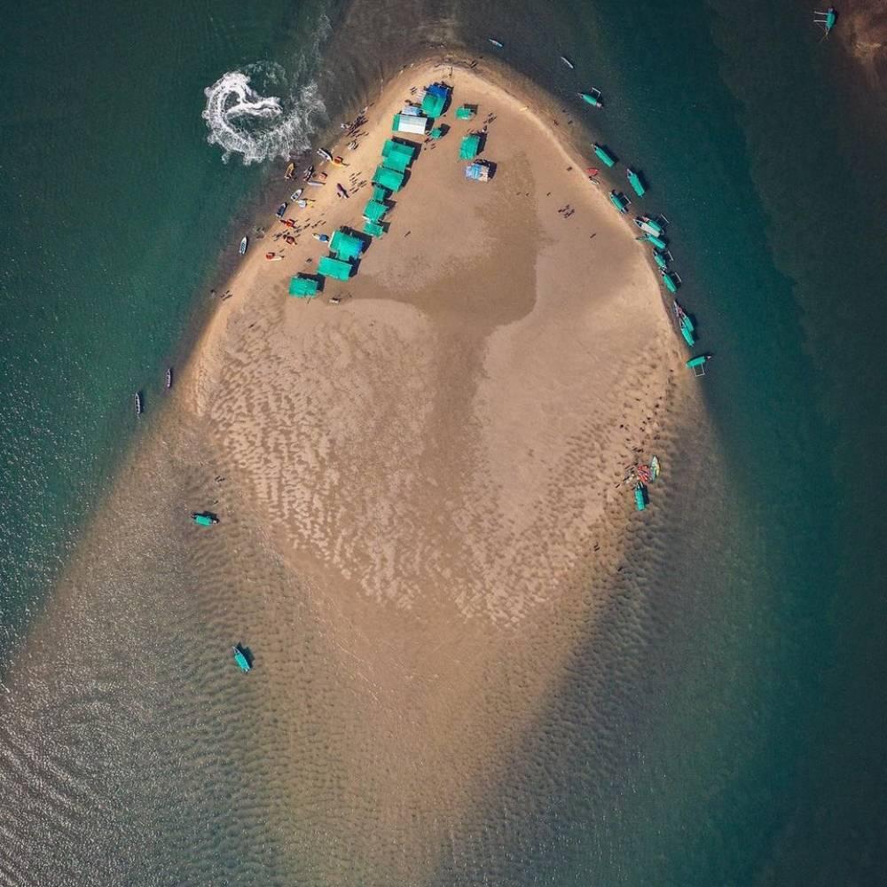 watersports at devbag beach malvan
